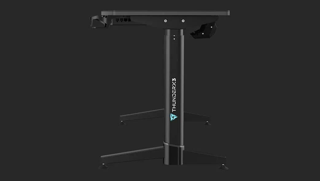 Gamer asztal Thunder X3 ED7 1400 x 600 x 730 - 1230 mm Elektromosan állítható Fekete (TEGD-5023101.11)